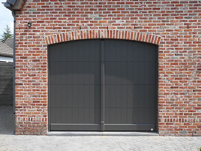 Nature Line STC - Sectionale garagepoorten in hout